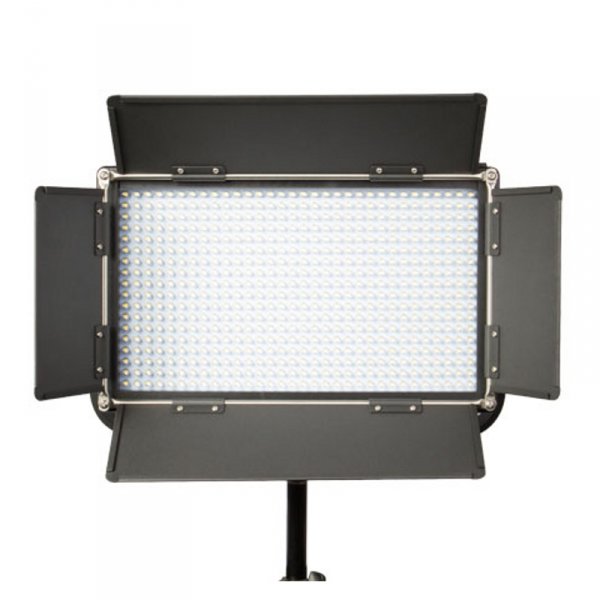 SWIT S-2110DS, 40W LED Panel, 3200lx, Daylight, V-Mount