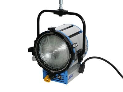 ARRI True Blue® ST5 P.O. 220 - 250 V~ black Bare Ends L3.41005.I - 0