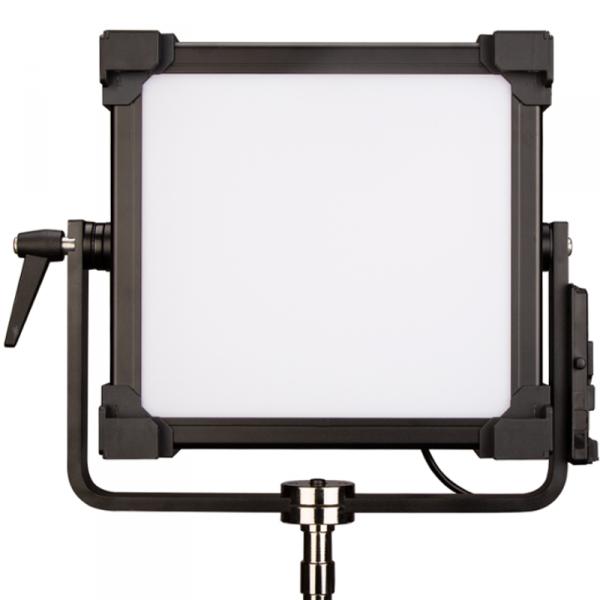 SWIT S-2820, Professional 200W RGBW light, V-Mount, DMX