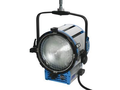 ARRI True Blue® ST5 MAN 220 - 250 V~ black Bare Ends L3.41005.B - 0