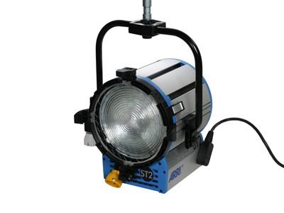ARRI True Blue® ST2/3 P.O. 220 - 250 V~ black Schuko connector L3.40755.K - 0